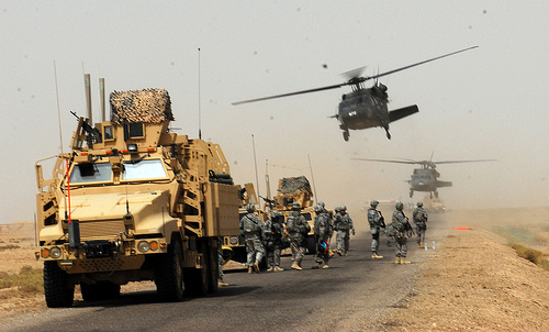 US military advancing in the desert to make their military resume