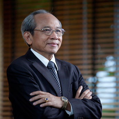 Wichai Thongtan: The Richest Lawyer in the World